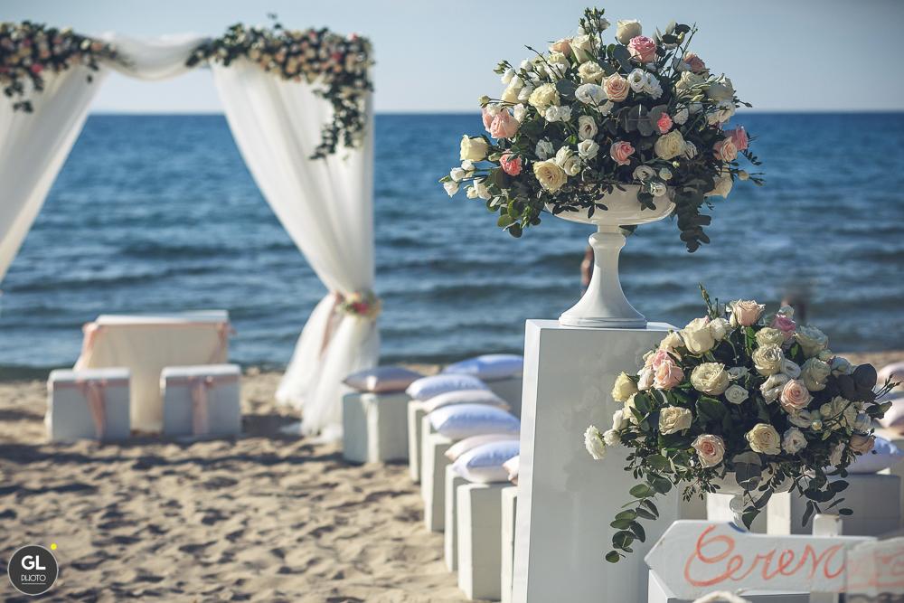 dettagli del matrimonio sulla spiaggia